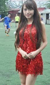 hot girl trên sân cỏ nhân tạo 7
