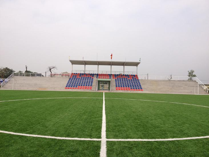 Mẫu sân bóng cỏ nhân tạo tại công ty Cao Nguyễn