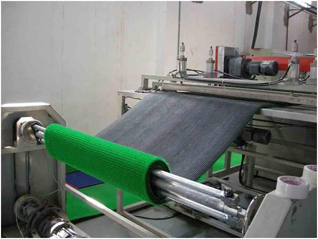 Quy trình sản xuất cỏ nhân tạo đạt tiêu chuẩn