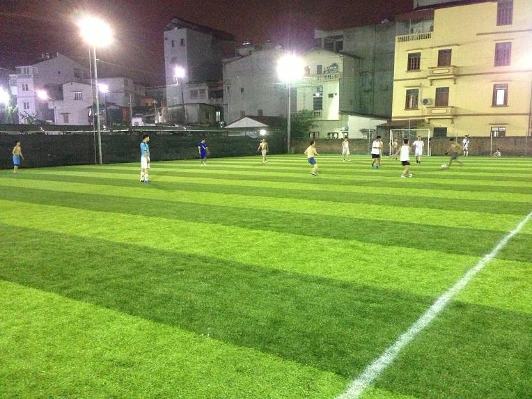 Diện tích sân bóng cỏ nhân tạo