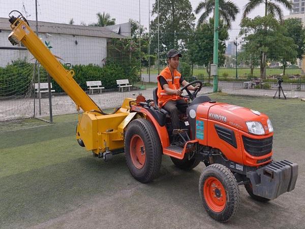 Bảo dưỡng cỏ nhân tạo tại Yên Bái