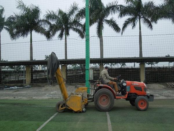 Bảo dưỡng cỏ nhân tạo tại Đà Lạt