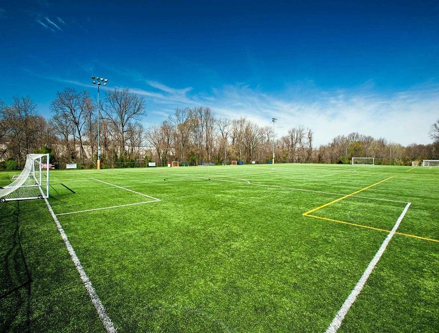 Sân bóng đá cỏ nhân tạo có chất lượng tốt hiện nay