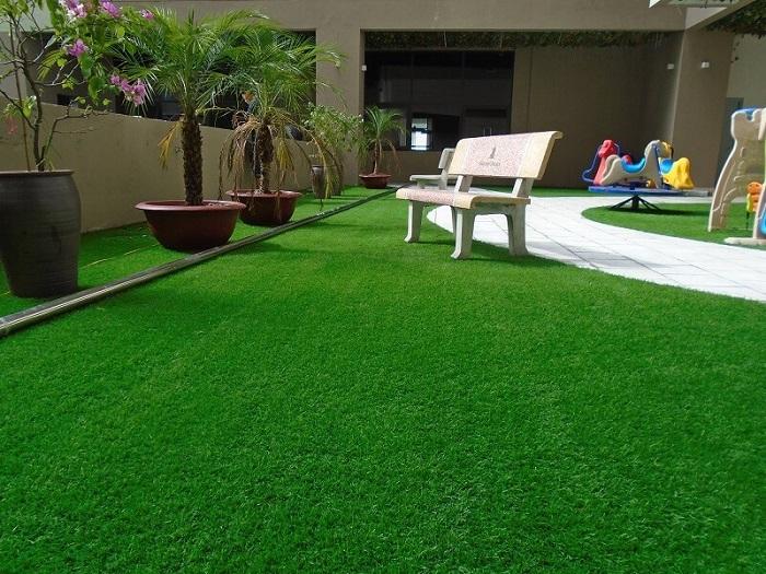 Sân chơi cỏ nhân tạo cho trẻ em thành phố