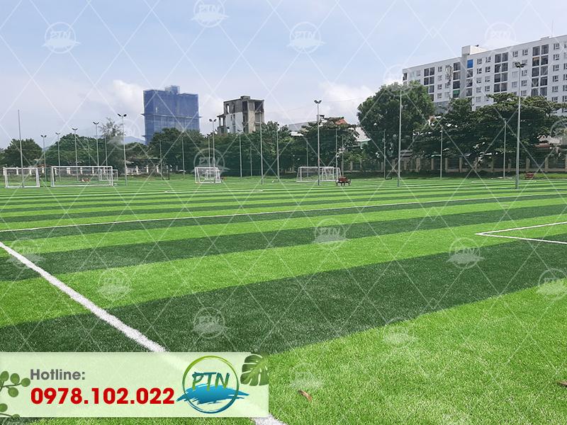 Thi công sân cỏ nhân tạo Hoàng Gia- Hoàng Minh Giám- Hà Nội