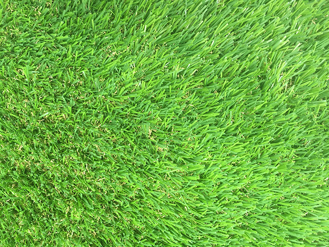 tư vấn lựa chọn cỏ nhân tạo sân vườn độ mềm mại