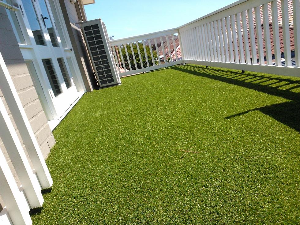 B n c nh n t o s n v n t i hcm for Balcony artificial grass